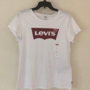 White Levi's T-shirt